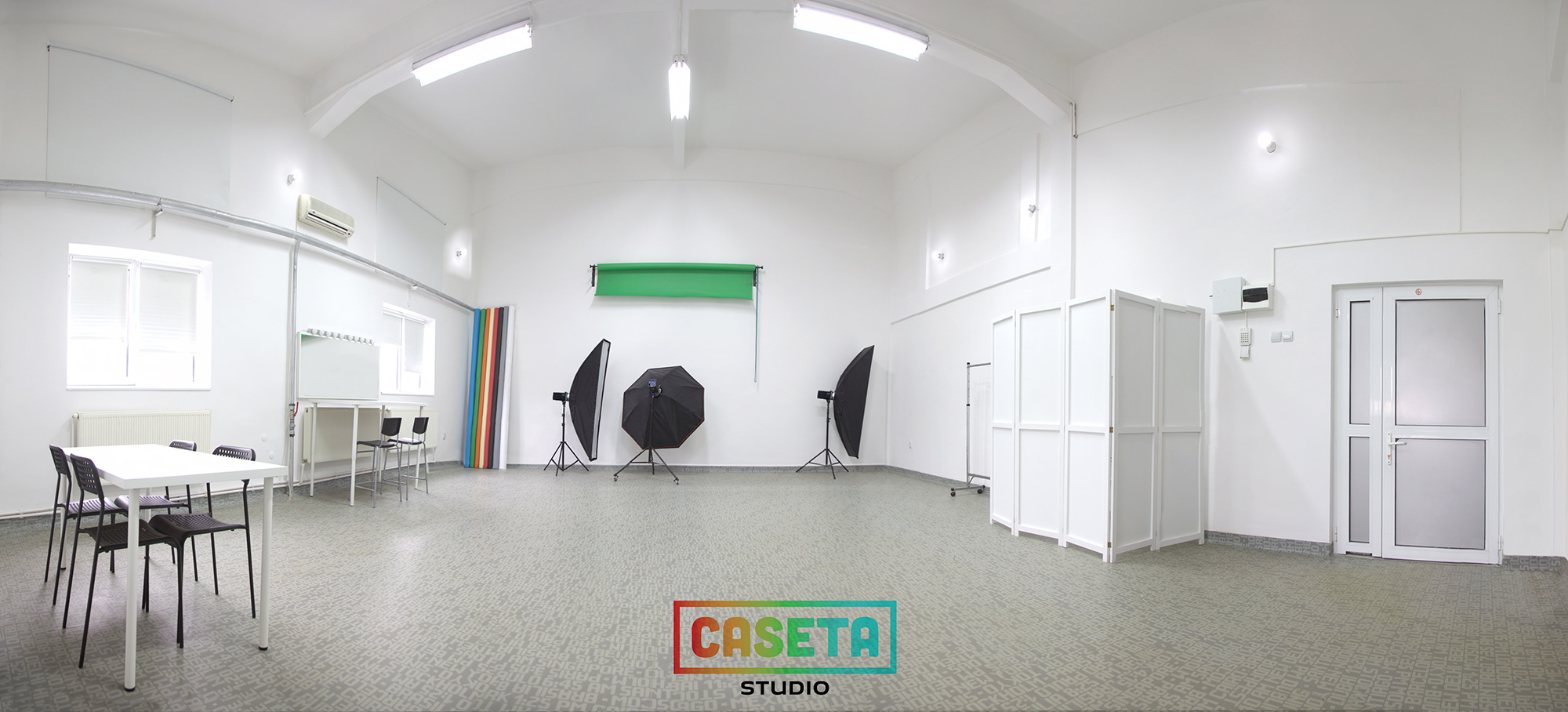 Caseta Studio - studio foto si productie video din 2005